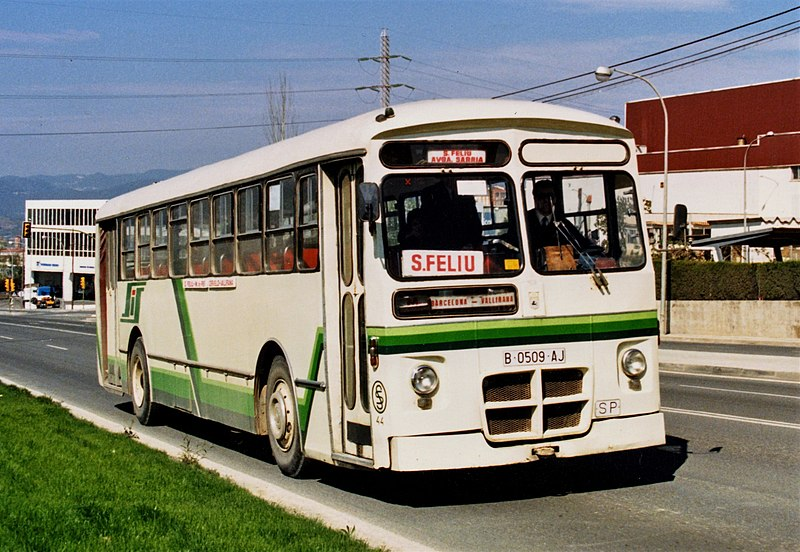 Autobús Pegaso 6035-5 número 44 de Soler i Sauret